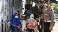 Samsat Maros Bagikan Sembako dan Air Bersih Untuk Warga Desa Ampekale, Maros